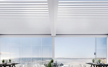 Why do many people like to use aluminum ceiling products to decorate the ceiling?