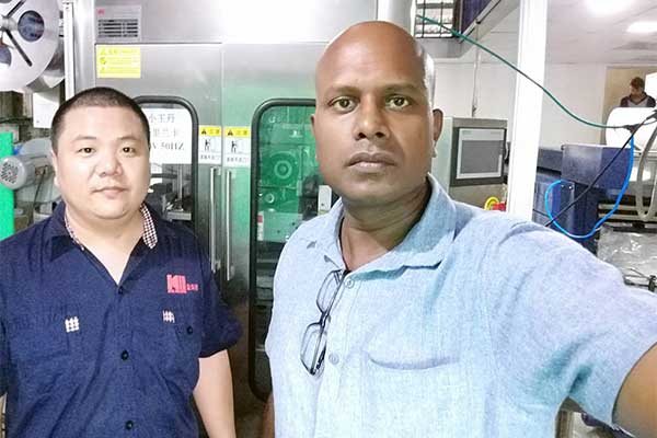 automatic-sleeve-labeling-machine-customer-from-Sri-Lanka