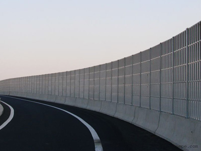 高速公路声屏障