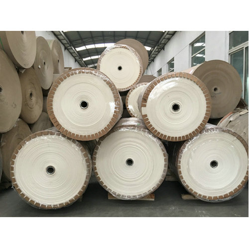 White flaming-retardant paper for honeycomb production