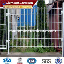 corrosion-proof metal welded wire mesh fencing with V bends (anti-climb strong mesh)