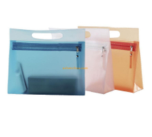 New design fashion custom portable transparent PVC printed case bags durable handbags with logo for sale