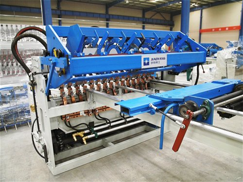 Fence Mesh Welding Machine4